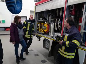 Lehrerinnen und Lehrer werden Brandschutzhelfer